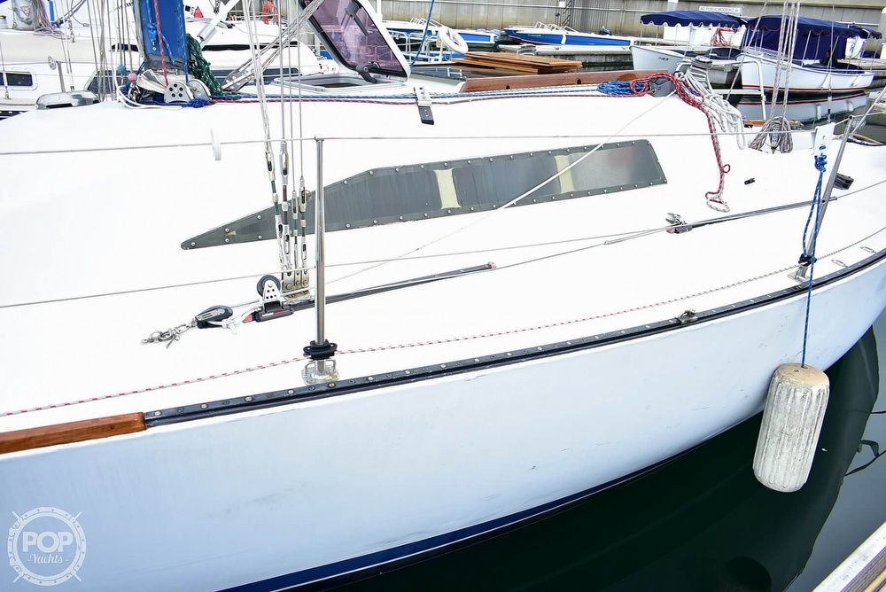 1984 Farr boat for sale, model of the boat is 33 & Image # 39 of 40