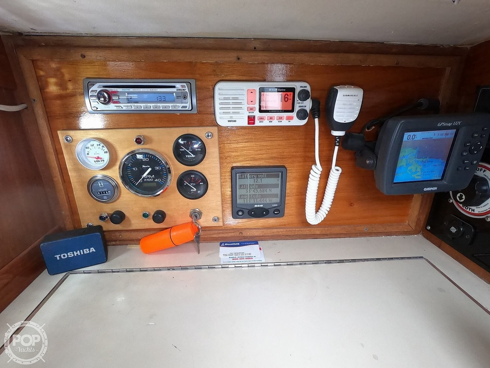 1984 Farr boat for sale, model of the boat is 33 & Image # 24 of 40