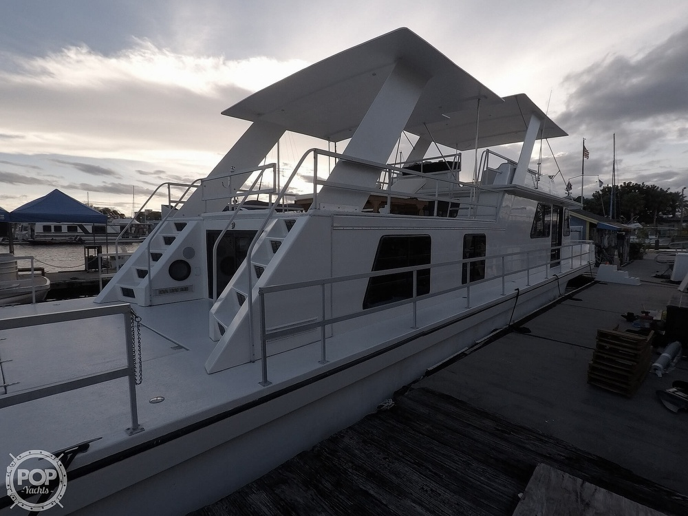 2001 Gibson boat for sale, model of the boat is 5500 & Image # 6 of 40