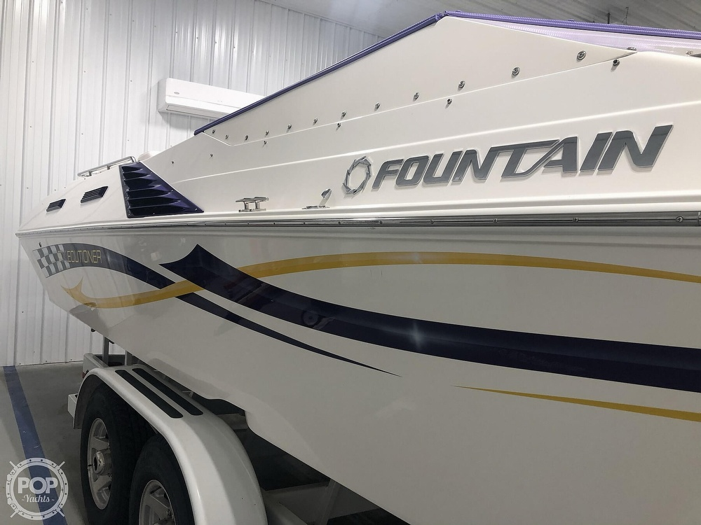 2004 Fountain boat for sale, model of the boat is Fountain 35 Executioner & Image # 3 of 40
