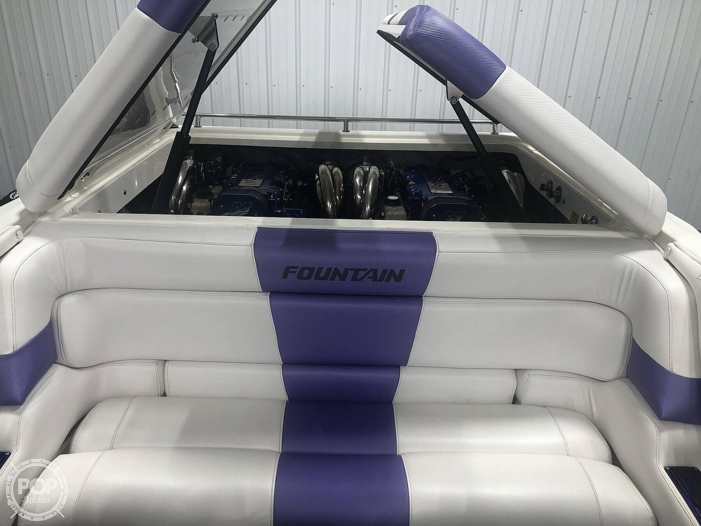 2004 Fountain boat for sale, model of the boat is Fountain 35 Executioner & Image # 7 of 40