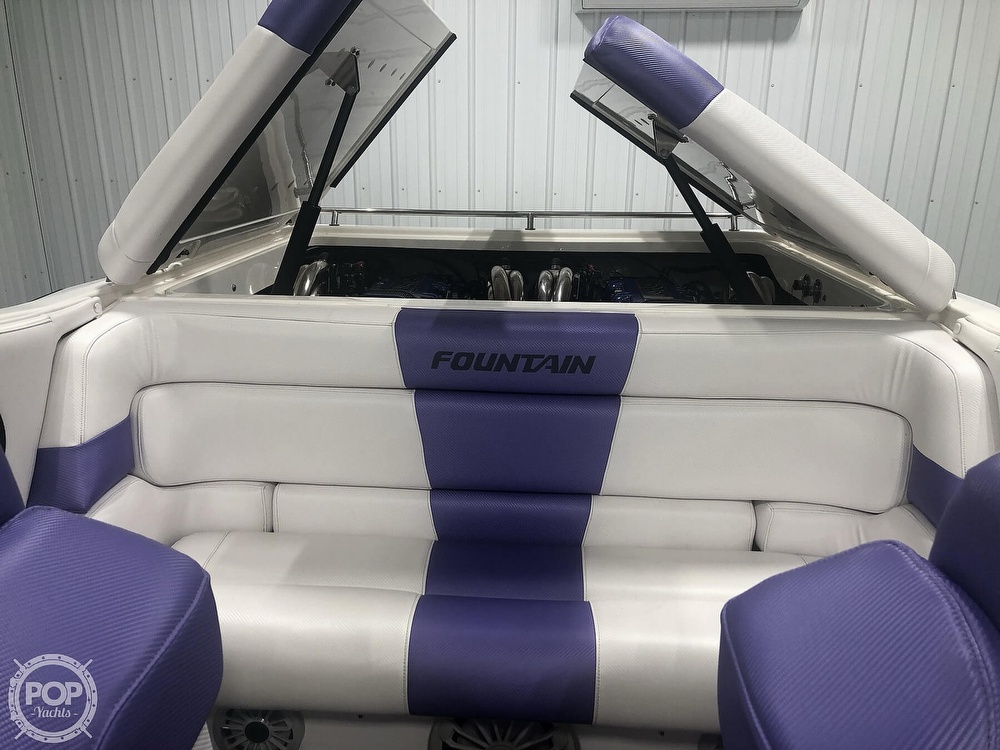 2004 Fountain boat for sale, model of the boat is Fountain 35 Executioner & Image # 39 of 40