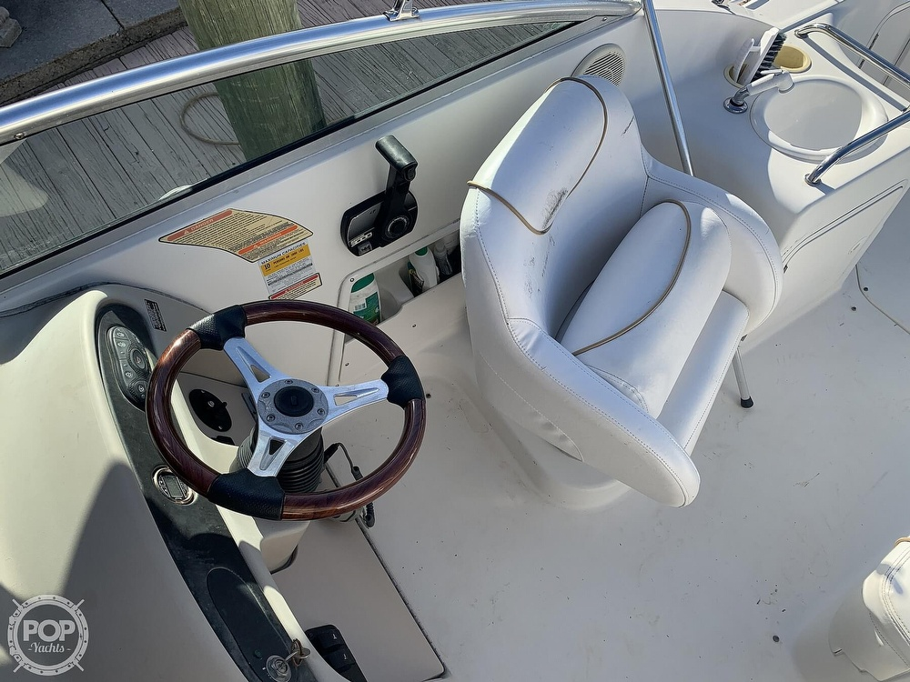 1999 Sea Ray boat for sale, model of the boat is 260 Sundancer & Image # 6 of 40