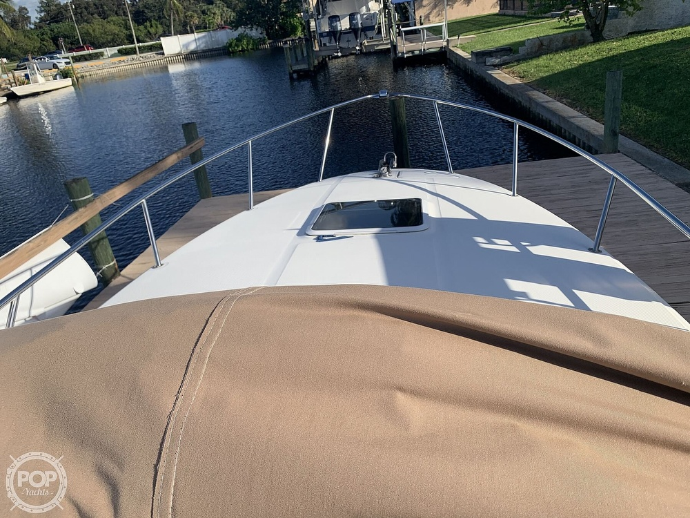 1999 Sea Ray boat for sale, model of the boat is 260 Sundancer & Image # 18 of 40