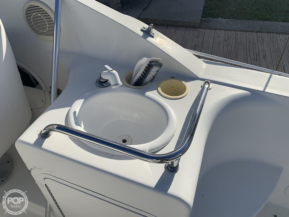 1999 Sea Ray boat for sale, model of the boat is 260 Sundancer & Image # 23 of 40
