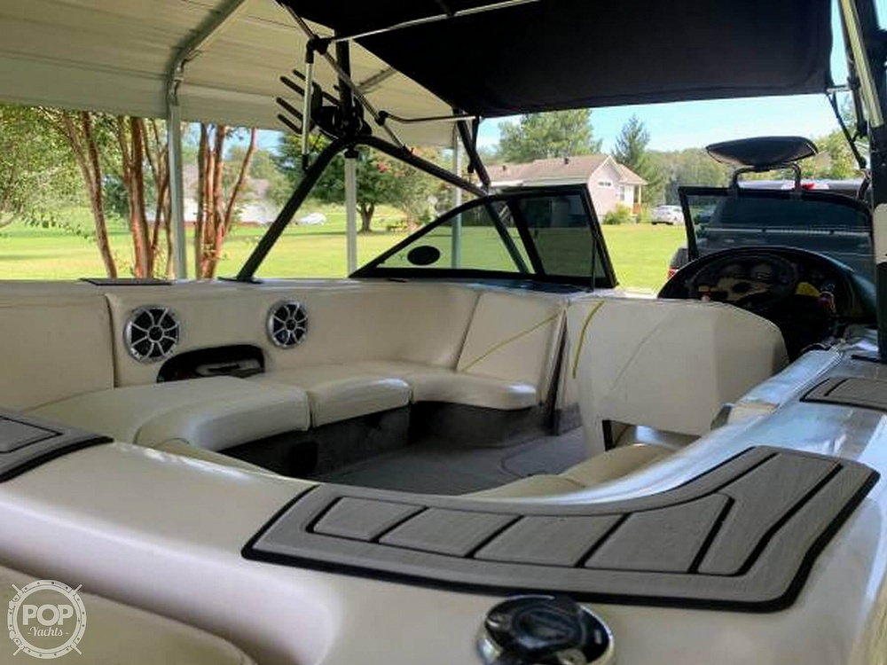 2000 Correct Craft boat for sale, model of the boat is Super Air Nautique & Image # 6 of 41