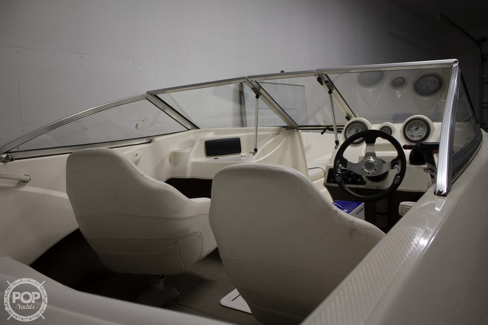 2009 Larson boat for sale, model of the boat is 1750LX & Image # 12 of 41