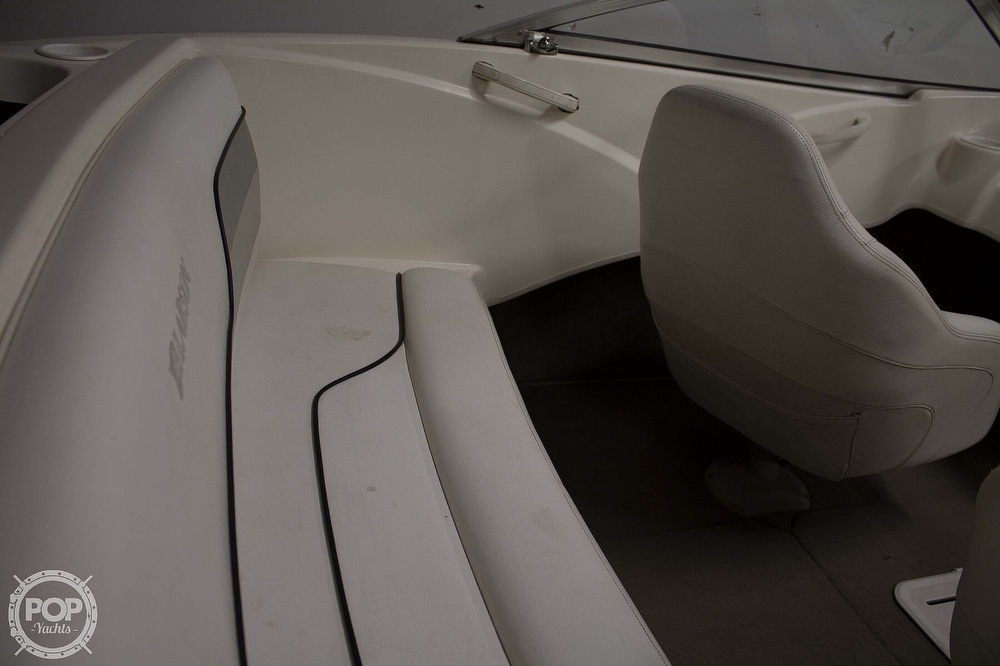 2009 Larson boat for sale, model of the boat is 1750LX & Image # 14 of 41