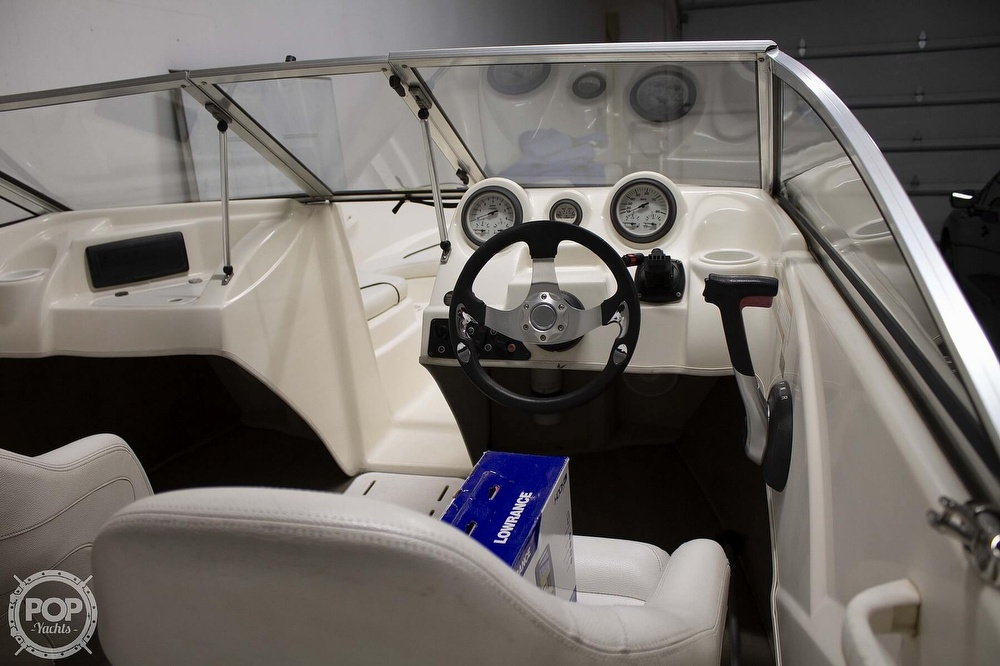2009 Larson boat for sale, model of the boat is 1750LX & Image # 15 of 41