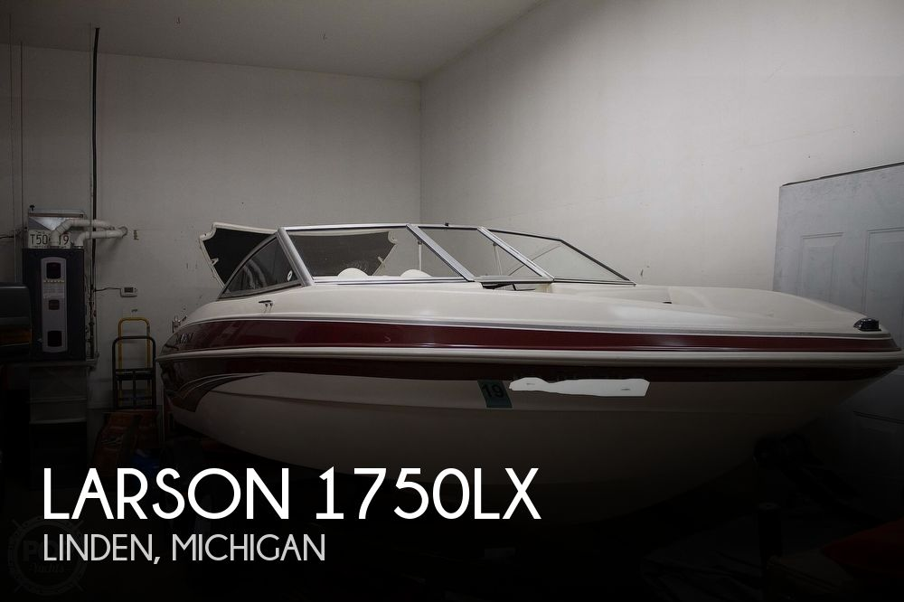 2009 Larson boat for sale, model of the boat is 1750LX & Image # 1 of 41
