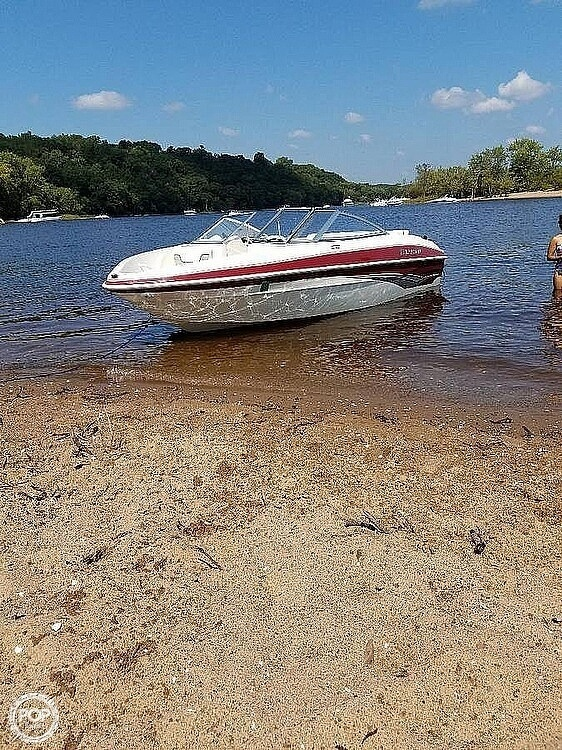 2009 Larson boat for sale, model of the boat is 1750LX & Image # 2 of 41