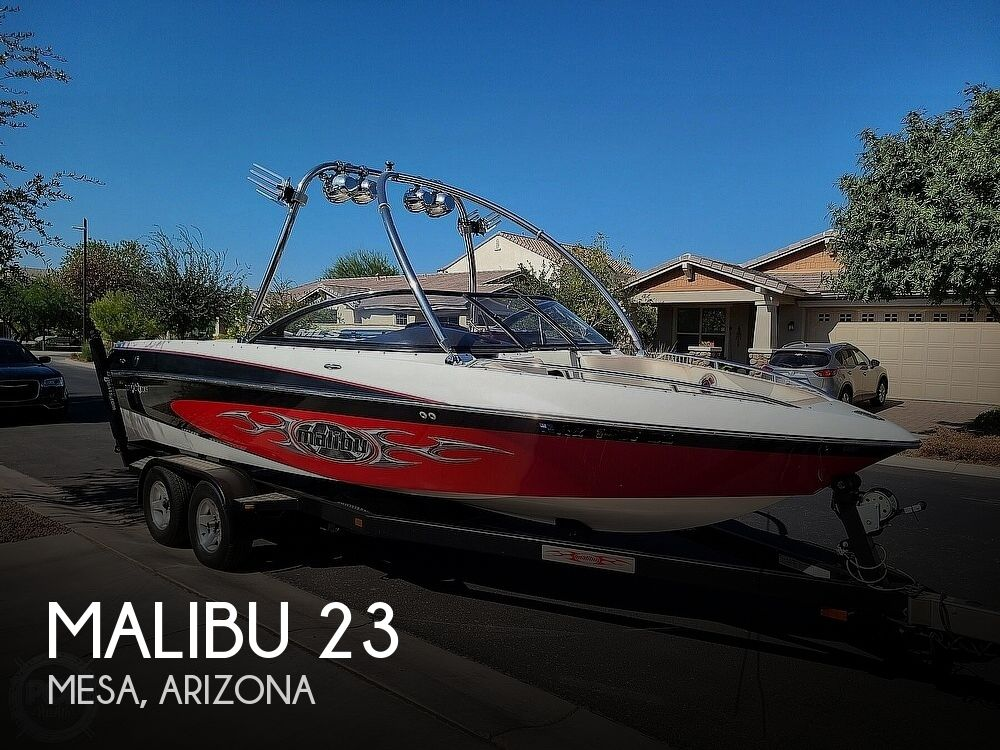 2004 Malibu boat for sale, model of the boat is 23 XTI Wakesetter & Image # 1 of 40