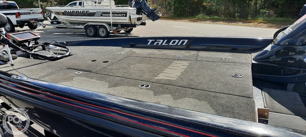 2011 Stratos boat for sale, model of the boat is 201 XL Evolution & Image # 4 of 41