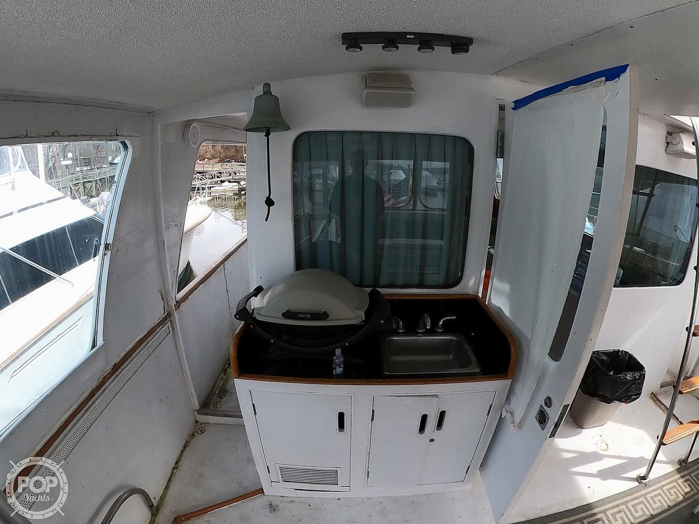 1972 Bertram boat for sale, model of the boat is 63 Motoryacht & Image # 22 of 40