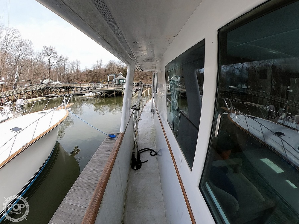 1972 Bertram boat for sale, model of the boat is 63 Motoryacht & Image # 27 of 40