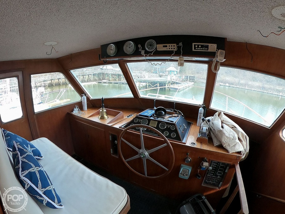1972 Bertram boat for sale, model of the boat is 63 Motoryacht & Image # 12 of 40