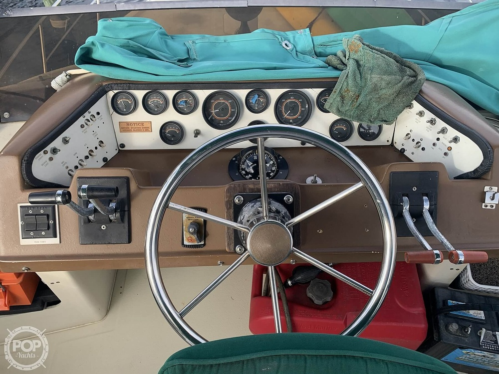 1983 Sea Ray boat for sale, model of the boat is 355 Aft Cabin & Image # 19 of 40