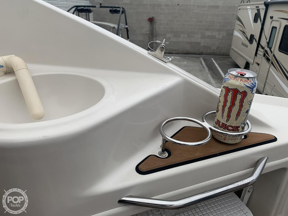 2001 Regal boat for sale, model of the boat is 2765 Commodore & Image # 22 of 40
