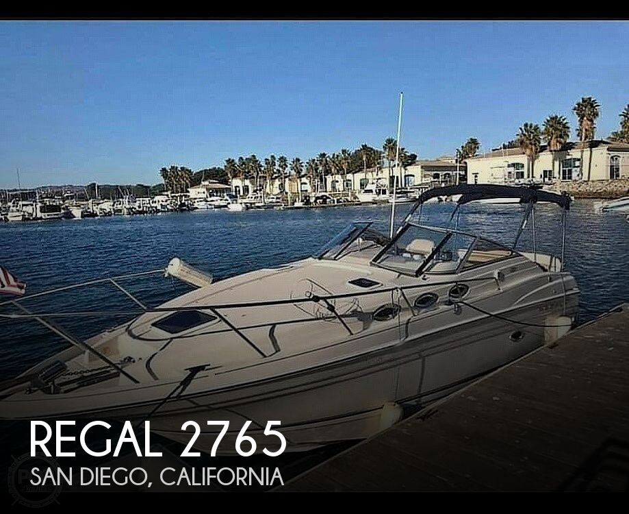 2001 Regal boat for sale, model of the boat is 2765 Commodore & Image # 1 of 40
