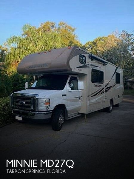 2017 Winnebago Minnie md27q