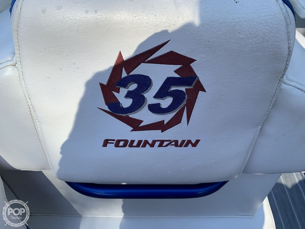 2005 Fountain boat for sale, model of the boat is 35 Executioner & Image # 22 of 41