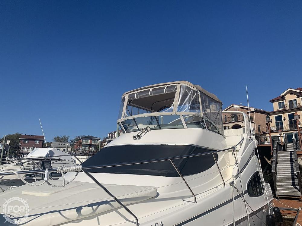 2002 Silverton boat for sale, model of the boat is 330 Sport bridge & Image # 4 of 40