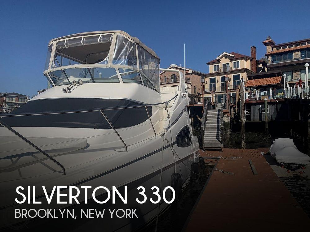 2002 Silverton boat for sale, model of the boat is 330 Sport bridge & Image # 1 of 40