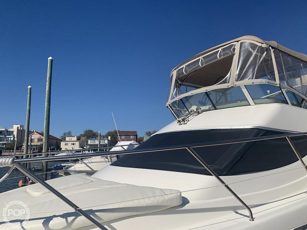 2002 Silverton boat for sale, model of the boat is 330 Sport bridge & Image # 10 of 40