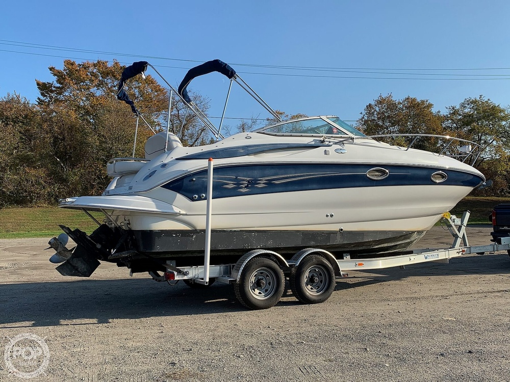 2004 Crownline boat for sale, model of the boat is 250 CR & Image # 11 of 40