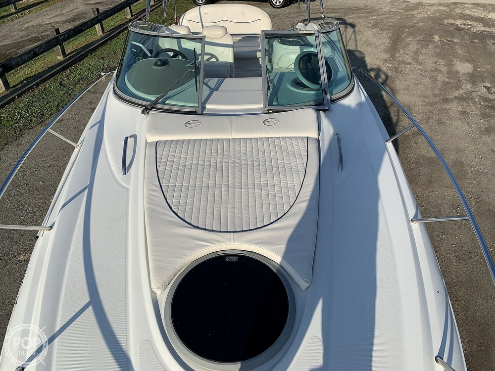 2004 Crownline boat for sale, model of the boat is 250 CR & Image # 6 of 40