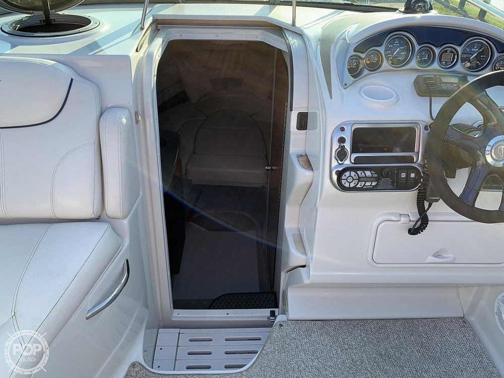2004 Crownline boat for sale, model of the boat is 250 CR & Image # 35 of 40