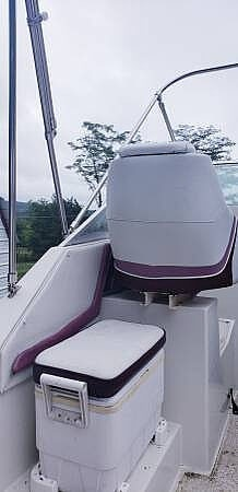1990 Carver boat for sale, model of the boat is Montego 2357 & Image # 3 of 12