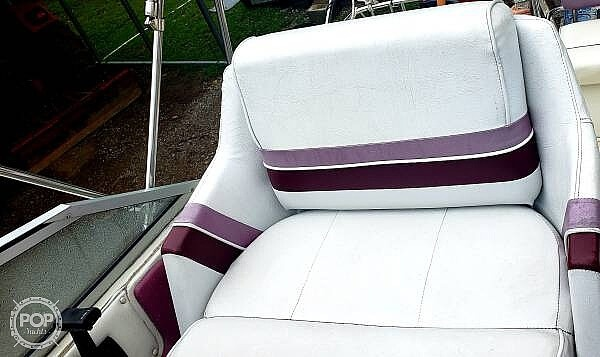 1990 Carver boat for sale, model of the boat is Montego 2357 & Image # 4 of 12