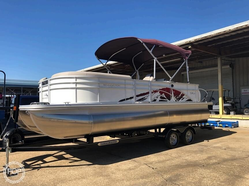 2019 Bennington boat for sale, model of the boat is SX 22 & Image # 20 of 40