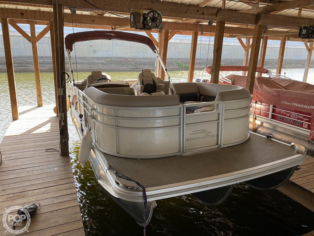 2019 Bennington boat for sale, model of the boat is SX 22 & Image # 4 of 40
