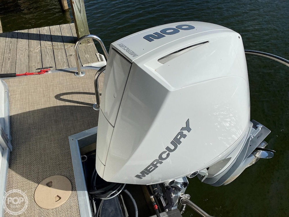 2019 Bennington boat for sale, model of the boat is SX 22 & Image # 7 of 40