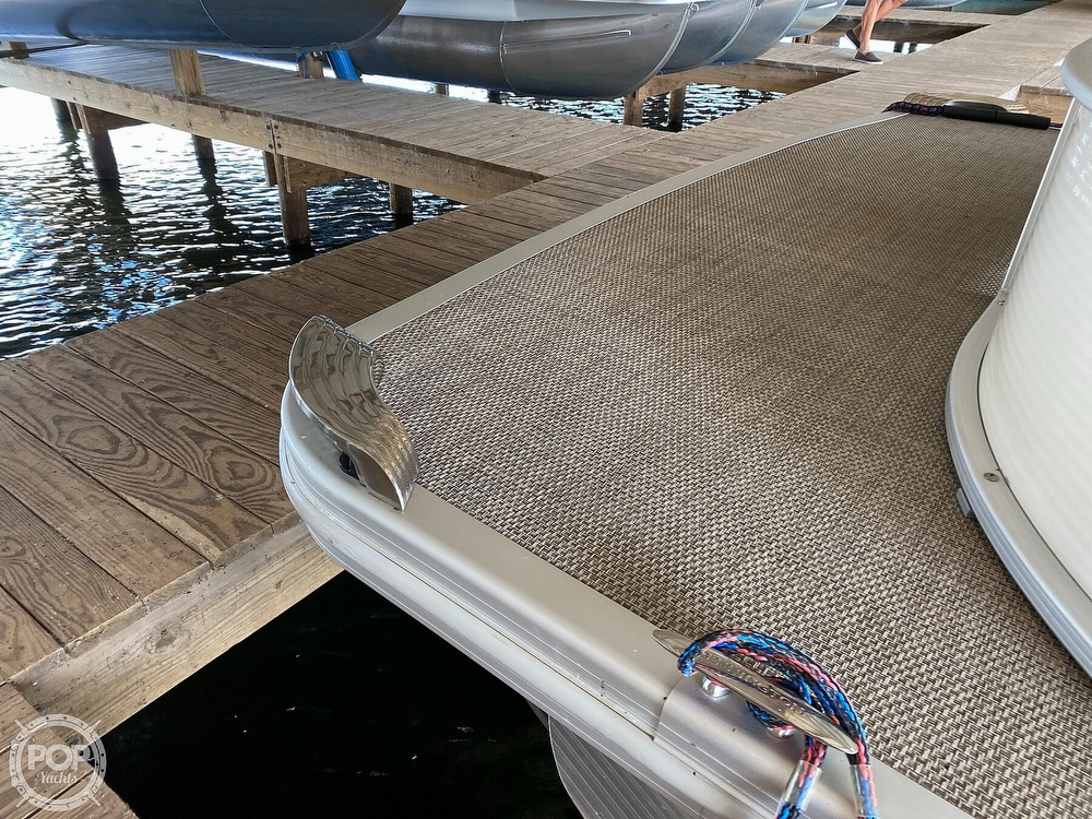 2019 Bennington boat for sale, model of the boat is SX 22 & Image # 17 of 40