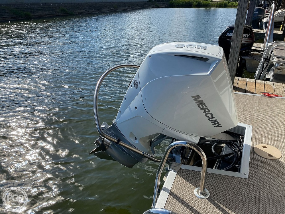 2019 Bennington boat for sale, model of the boat is SX 22 & Image # 19 of 40