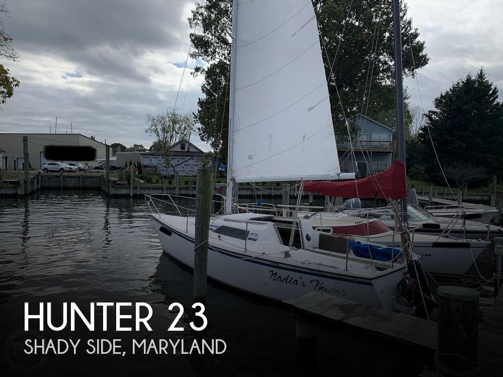 1985 Hunter boat for sale, model of the boat is 23 & Image # 1 of 40
