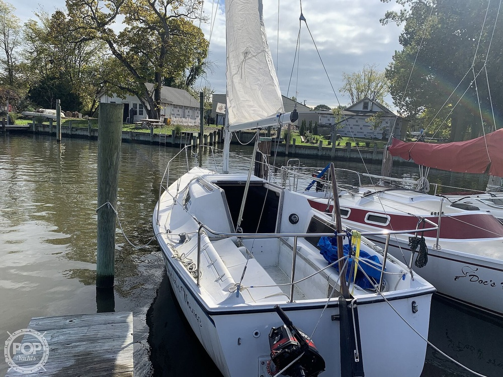 1985 Hunter boat for sale, model of the boat is 23 & Image # 3 of 40