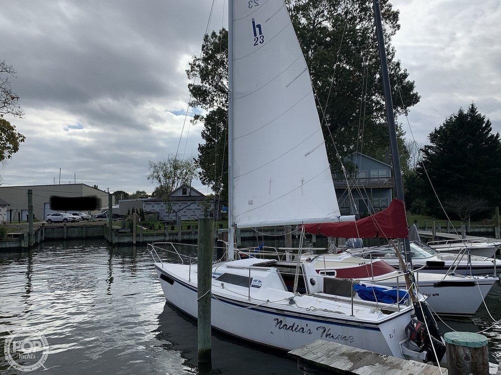 1985 Hunter boat for sale, model of the boat is 23 & Image # 12 of 40