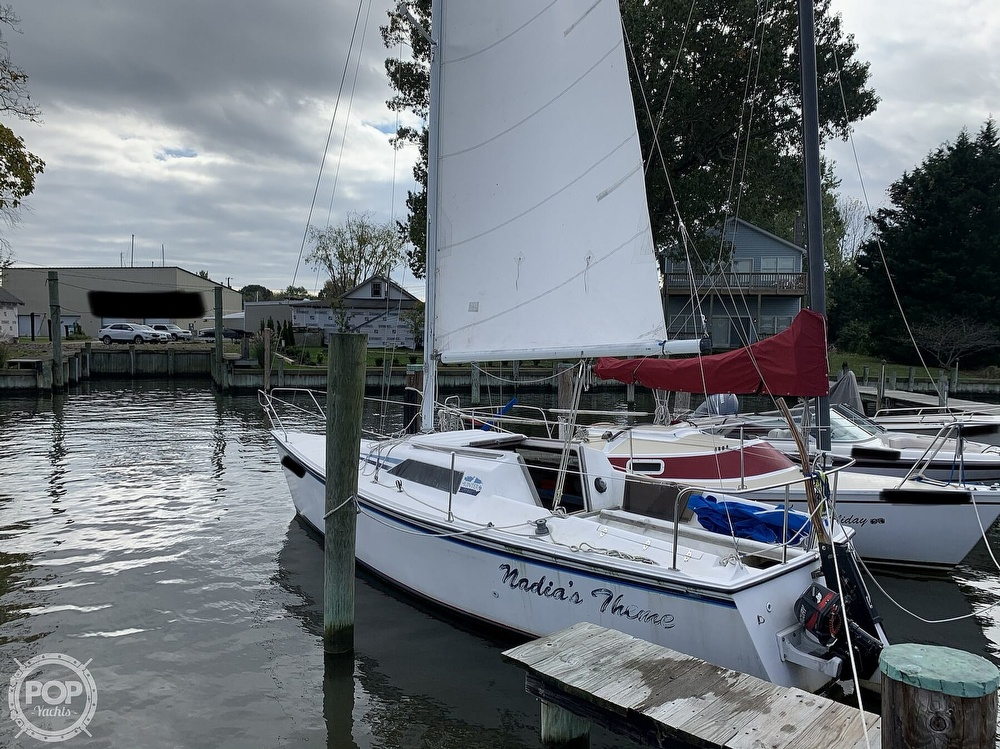 1985 Hunter boat for sale, model of the boat is 23 & Image # 13 of 40