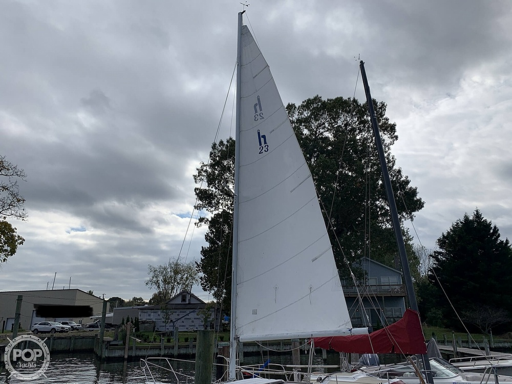 1985 Hunter boat for sale, model of the boat is 23 & Image # 14 of 40