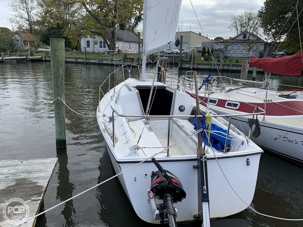 1985 Hunter boat for sale, model of the boat is 23 & Image # 15 of 40