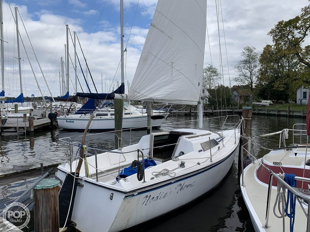 1985 Hunter boat for sale, model of the boat is 23 & Image # 16 of 40
