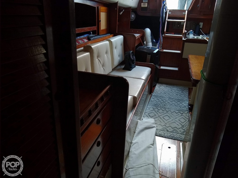 1980 CAL boat for sale, model of the boat is 39MKIII Tall Rig & Image # 8 of 40