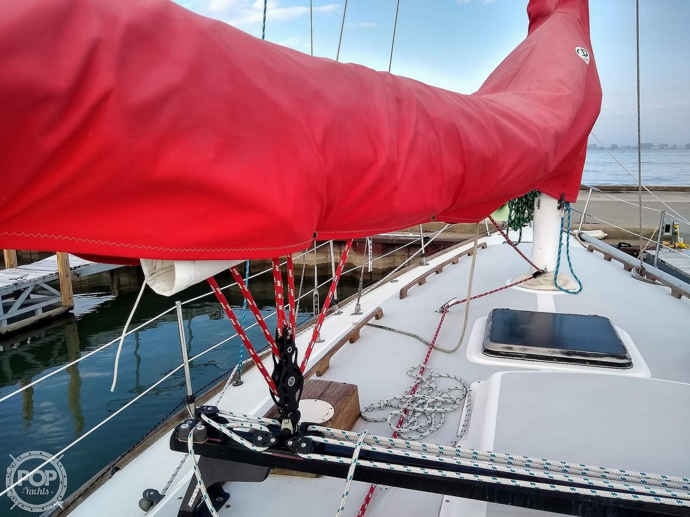 1980 CAL boat for sale, model of the boat is 39MKIII Tall Rig & Image # 21 of 40