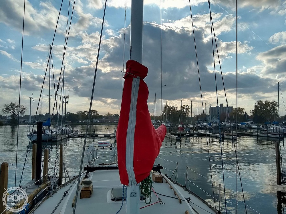 1980 CAL boat for sale, model of the boat is 39MKIII Tall Rig & Image # 22 of 40