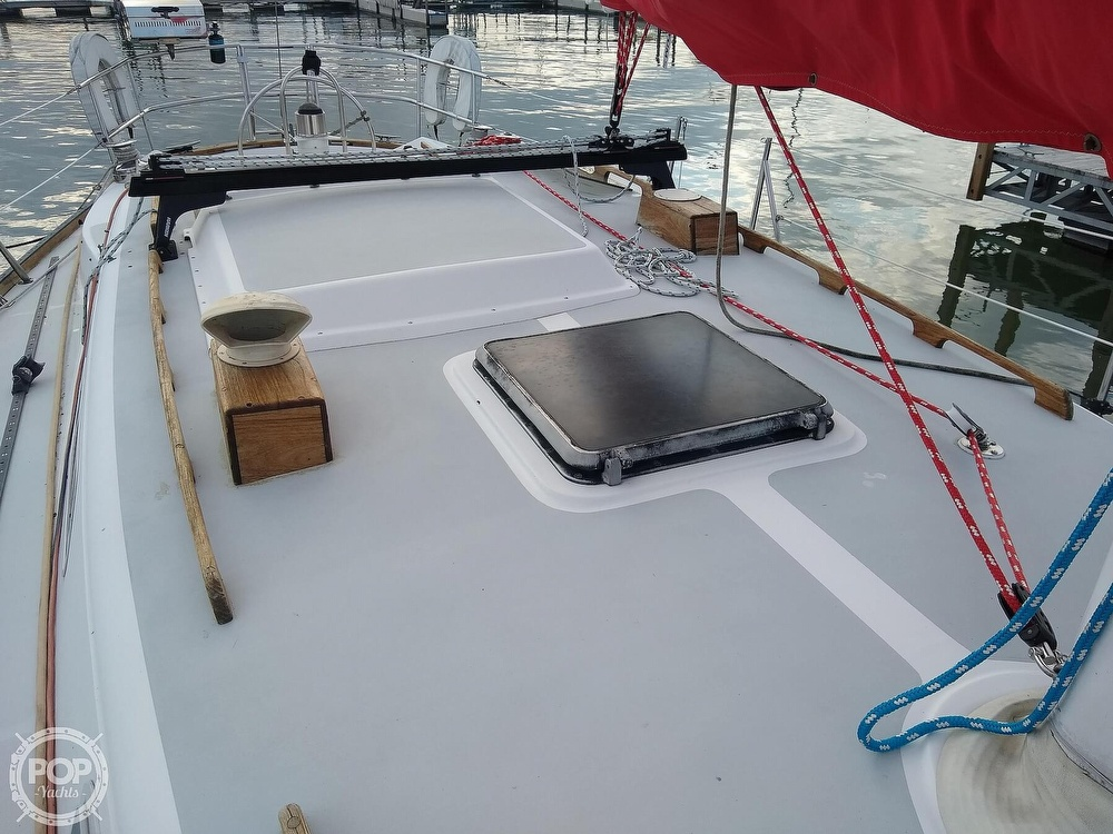 1980 CAL boat for sale, model of the boat is 39MKIII Tall Rig & Image # 23 of 40