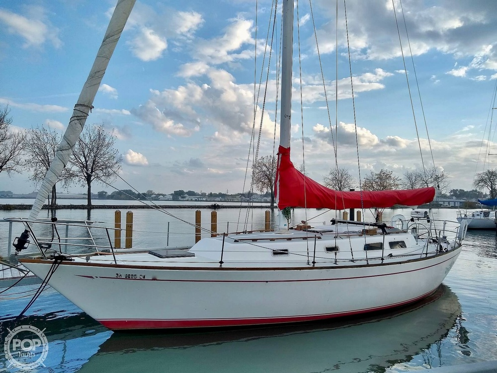 1980 CAL boat for sale, model of the boat is 39MKIII Tall Rig & Image # 15 of 40